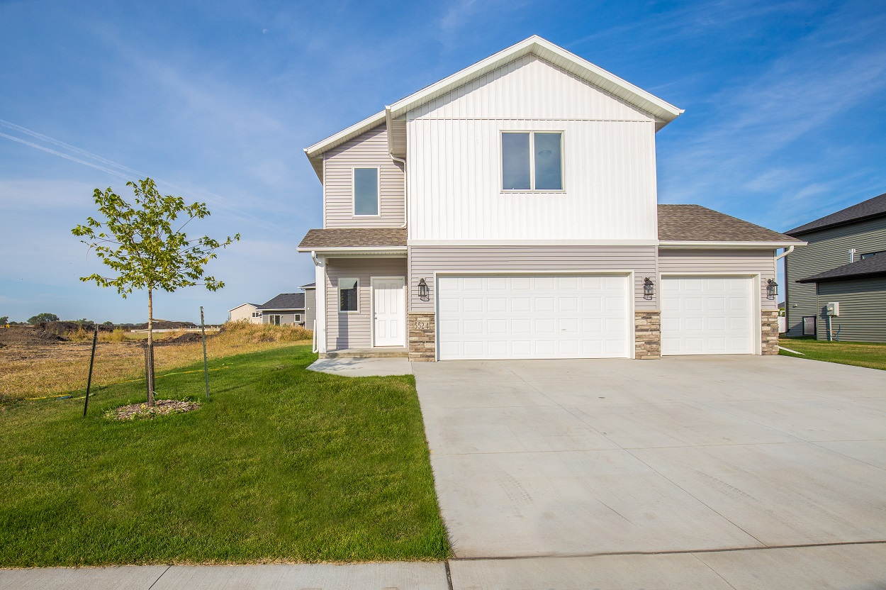 Grand Forks Nd Homes 5524 Cottonwood St Crary Real